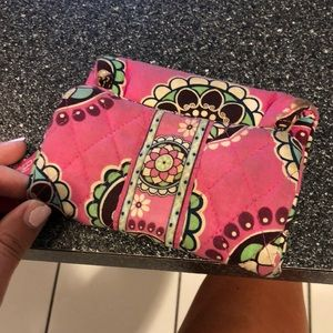 Vera Bradley magnetic wallet - great for travel!